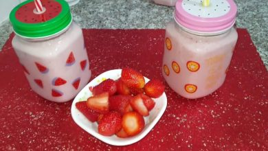 Photo of مطبخ ام وليد اطيب عصير فراولة و موز (سموثي الفراولة و الموز)